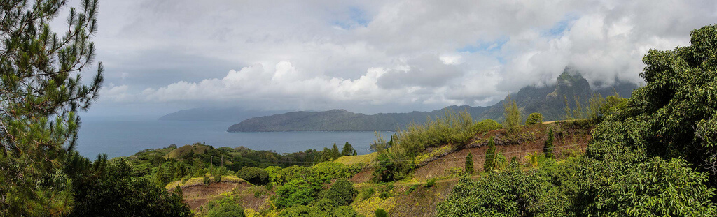 Hiva Oa (îles Marquises) : pano-hiva-oa-01.jpg