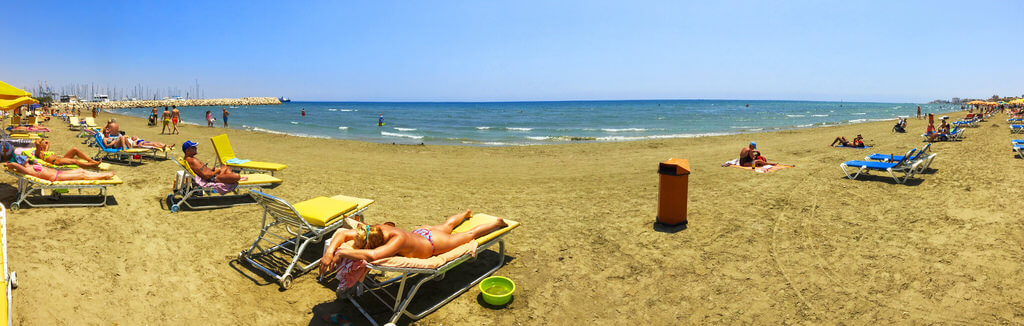 Larnaca : Finikodes beach in Larnaca