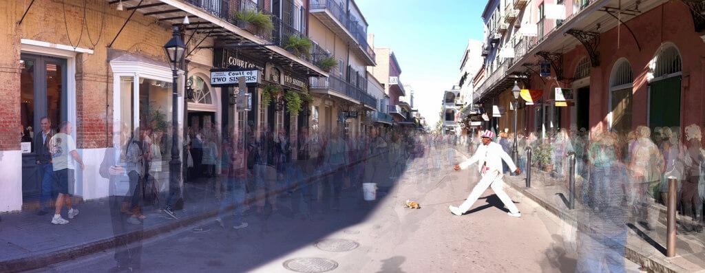 Louisiane : Walking The Dog - New Orleans - Panorama