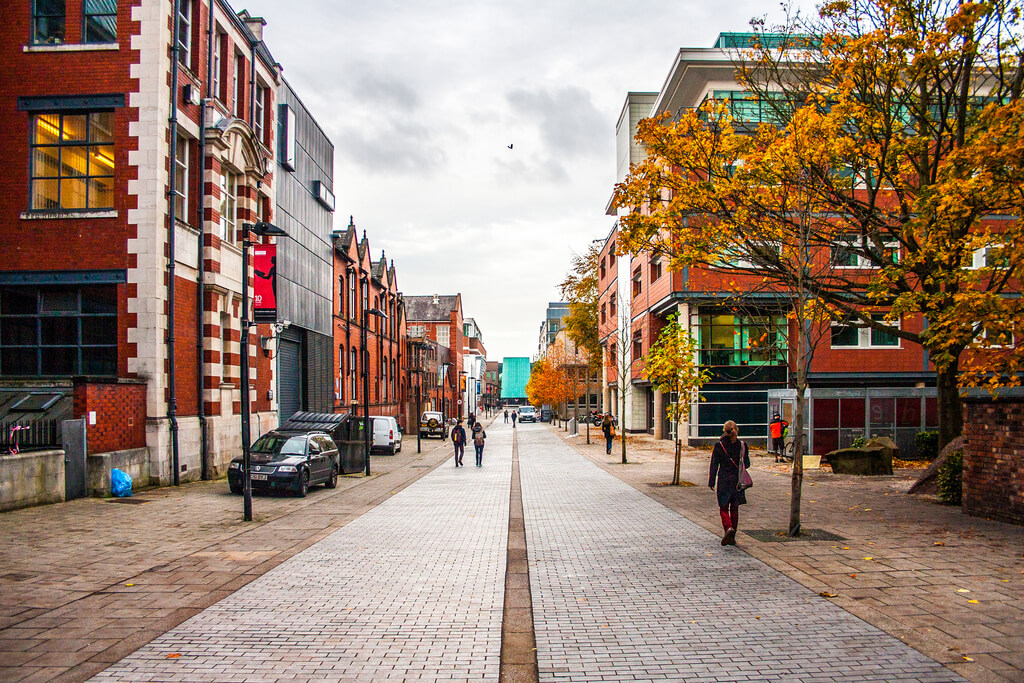 Manchester : The Long Road
