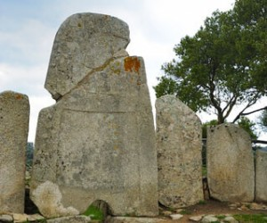 Les tombes des géants de Li Lolghi