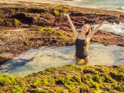 Photo de : Jacuzzi naturel sur la plage de Tegal Wangi