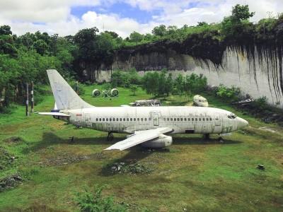 Photo de : Le Boeing sur la plage de Kuta Pandawa