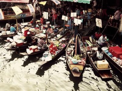Le marché flottant d'Amphawa