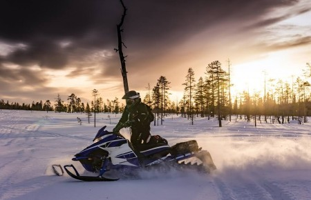 Photo de : Aller à Terre-Neuve pour faire de la motoneige