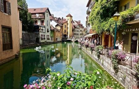 Photo de : Annecy, destination privilégiée des couples