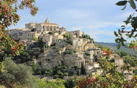 Photo de : Gordes, le plus beau village de France où partir en amoureux