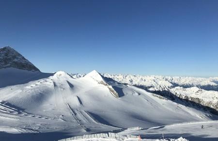 Photo de : Skier sur le Glacier de Hintertux, en Autriche