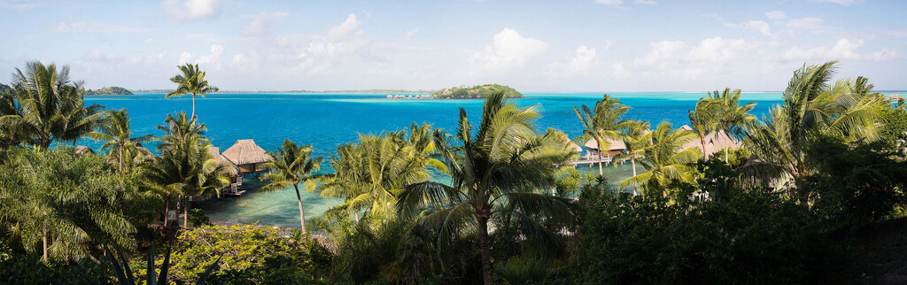 Polynésie française : pano_bora-bora-01.jpg