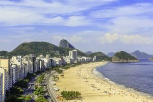 Brésil : Plage de Copacabana à Rio de Janeiro