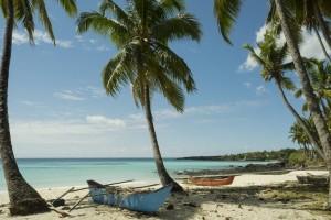 Comores : Plage de sable blanc sur l'île des Comores