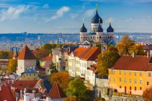 Estonie : Vue aérienne de la vieille ville de Tallinn