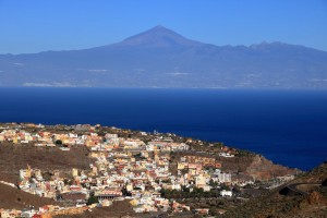 Gomera : San Sebastian de la Gomera, avec une vue magnifique sur Tenerife