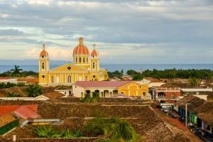Nicaragua : Cathédrale de la ville historique de Granada