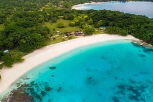Vanuatu : Plage de Champagne, île d'Espiritu Santo