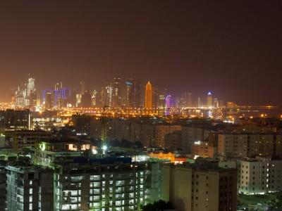 Qatar : Doha - Qatar Skyline   Qatar tops the list of the world's richest countries   120929-3190-jikatu
