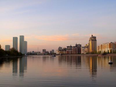 Kazakhstan : Astana, by the River