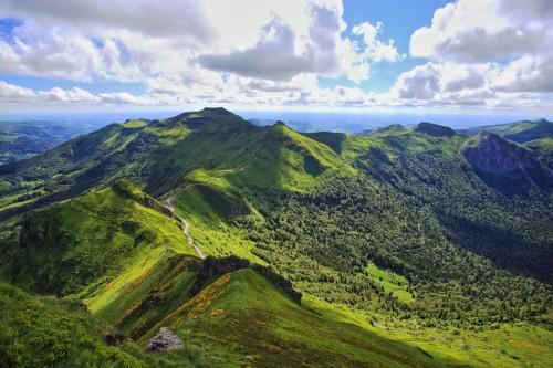 Auvergne : Vue sur les volcans d'Auvergne depuis Puy de Sancy