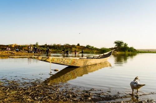 Birni N Konni : Activités du soir au bord du fleuve Niger
