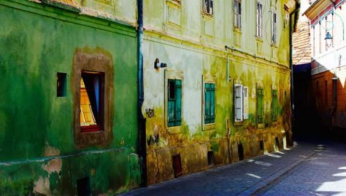 Brasov : Street view Brasov Romania #dailyshoot #streetview