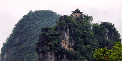 Guilin : Temple on toth hill