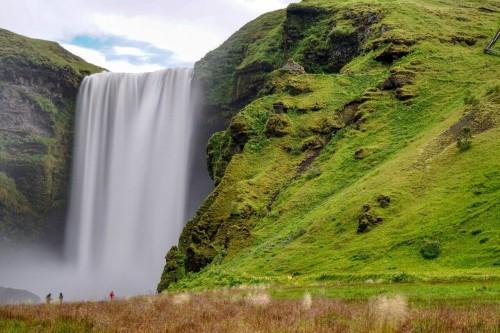 Islande : La cascade de Skogafoss