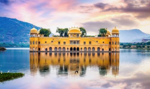 Rajasthan : Le Jal Mahal (« palais sur l'eau ») à Jaipur