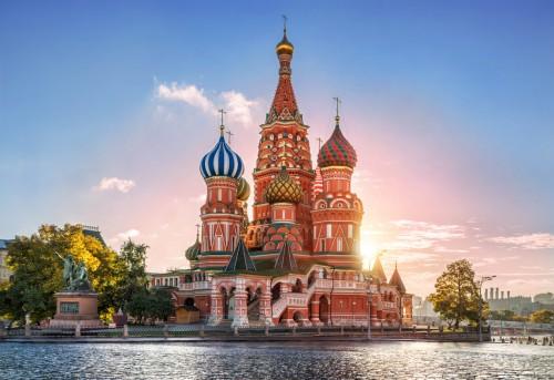 Russie : Cathédrale Saint-Basil sur la place rouge à Moscou