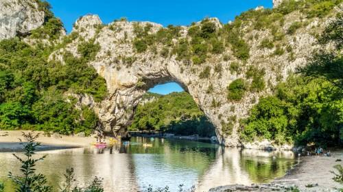 Vallon-Pont-d'Arc :