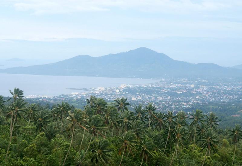 Manado (Menado)