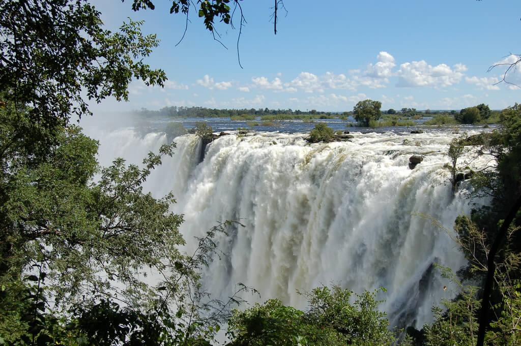 Zimbabwe : Victoria Falls, Zambia