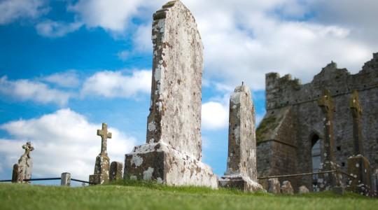 Le rocher de Cashel en Irlande : comment s'y rendre & infos pratiques