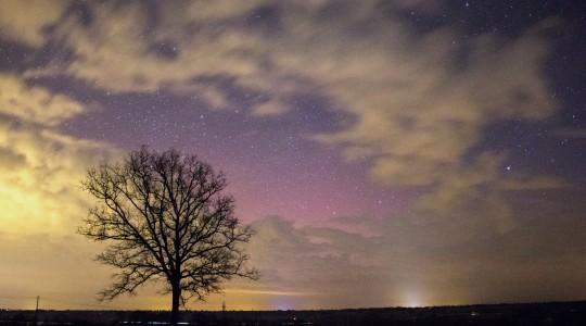 Oui, il est possible d'observer des aurores boréales en France. Voici où et quand !