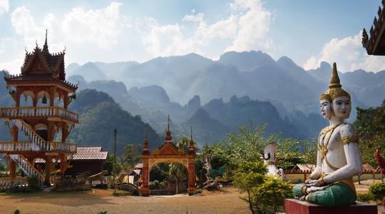 Laos ou Cambodge : le comparatif complet pour savoir quel pays visiter en priorité