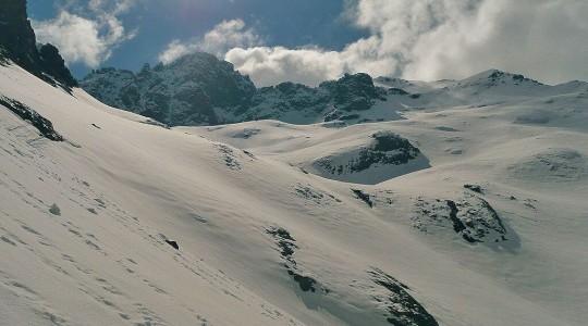 Neige en Corse : où et quand partir pour avoir de la neige et skier en Corse ?