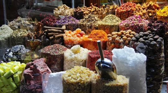 Souk à Dubaï : où aller pour trouver un souk authentique à Dubaï ?