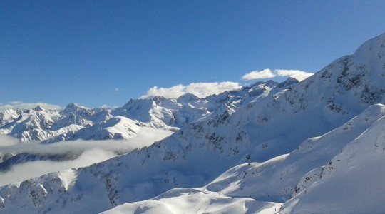 Où et Quand skier dans les Pyrénées : Grand Valira, Tourmalet, Peyragudes, Font-Romeu…