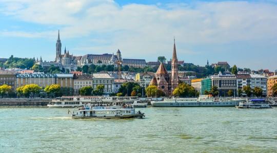 Prague ou Budapest : quelle ville choisir pour un voyage ?
