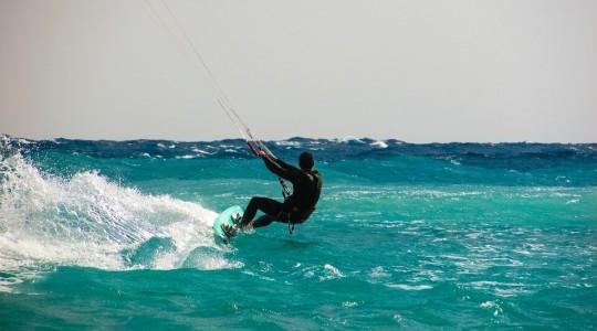 Les meilleurs spots pour pratiquer le Kitesurf à Tenerife