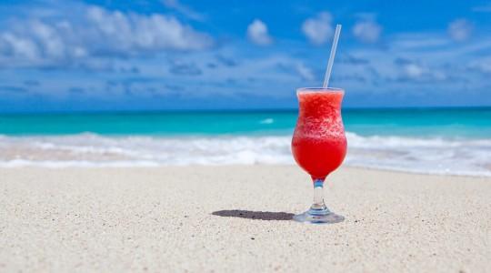 Les destinations de vacances d'été préférées des Français. Leur pays préféré va vous surprendre !