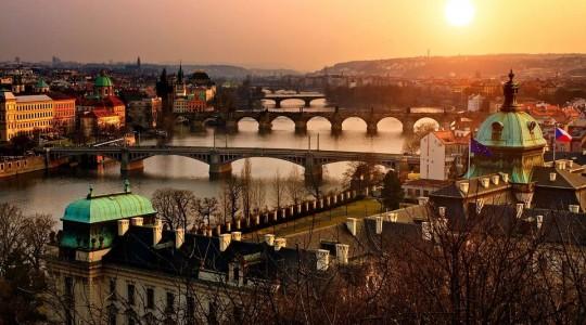 Prague en hiver : notre guide complet pour visiter la ville et survivre au froid !